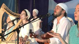 Música de Meditación, Snatam Kaur, Jai-Jagdeesh y Mirabai Ceiba