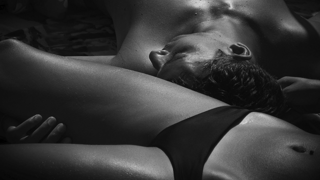 6.2 Male to female massage: face, head, neck and activation of erogenous zones in the torso